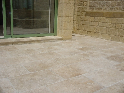 Carrelage travertin opus versaillais for Carrelage exterieur travertin